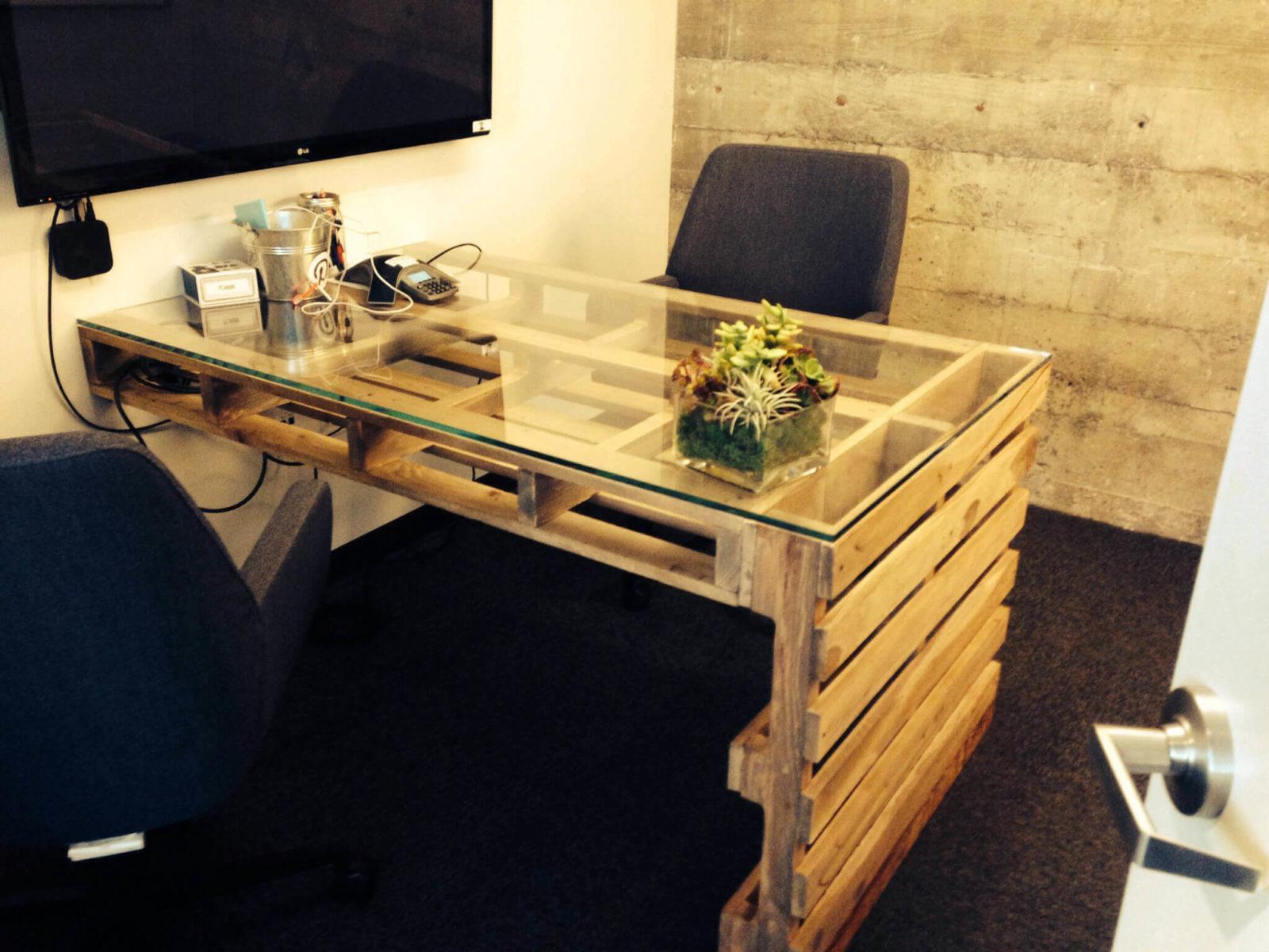 мебель из поддонов и паллетов
